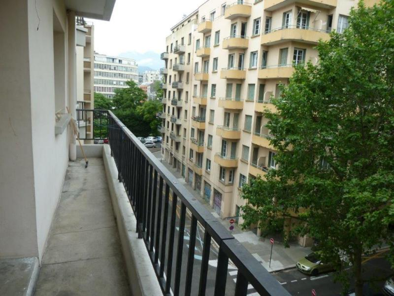 Location appartement grenoble 2 pi ces m2 for Location appartement par agence